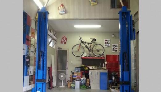 大阪府 H様邸 ビシャモン製 2柱アーチリフト納品設置
