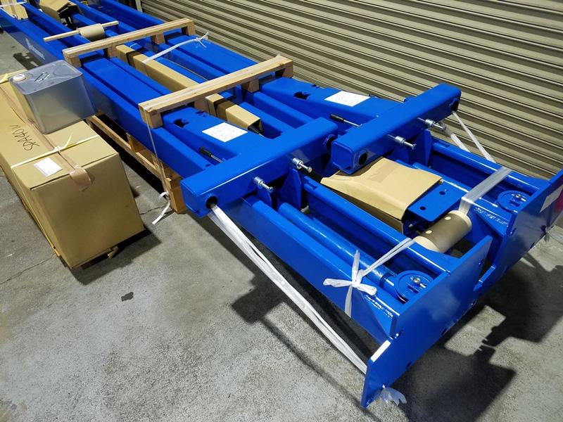 中古販売 門型2柱リフトSPA40W 002
