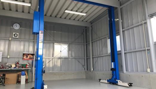 岐阜県 T様邸 ビシャモン製 門型2柱リフト 納品設置