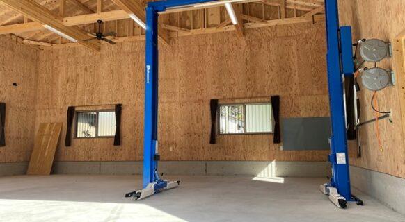 高知県 K様邸 ビシャモン製 (新品)門型2柱リフト納品設置